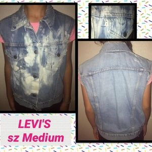 Levis Women's Medium sleeveless denim jacket